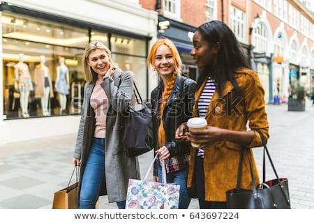 amigos · compras · juntos · feliz · feminino · supermercado - foto stock © stokkete