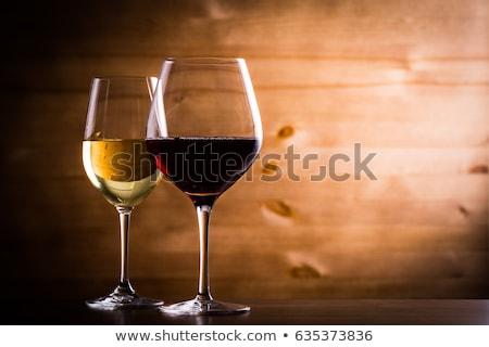 Rood witte wijn bril kaas vlees druiven Stockfoto © karandaev