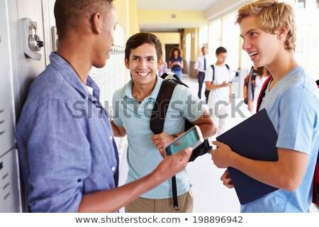 drei · Jugendliche · sprechen · Technologie · Telefon · News - stock foto © photography33