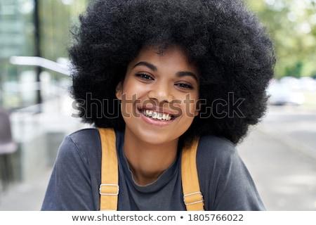 Alla moda bella donna indossare parrucca primo piano ragazza Foto d'archivio © tobkatrina
