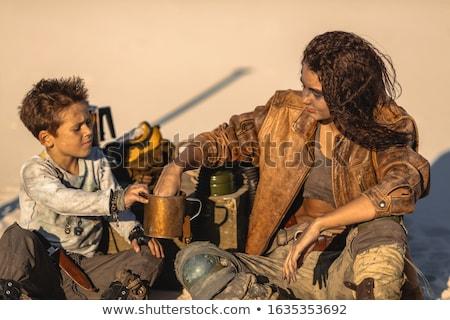 Jongen buitenshuis woestijn nucleaire leven Stockfoto © artfotodima