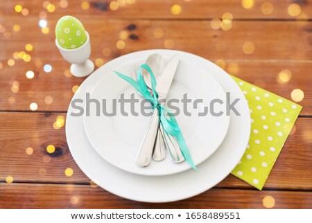 Easter egg kubek płyty sztućce Wielkanoc wakacje Zdjęcia stock © dolgachov