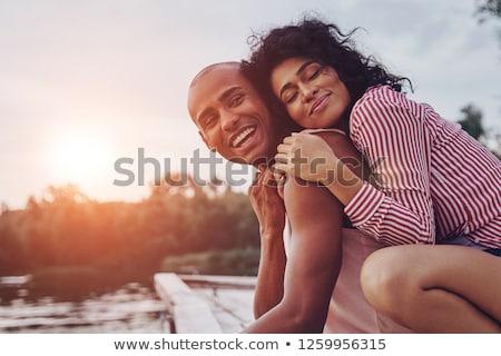Romantische paar buitenshuis vrouw strand gras Stockfoto © monkey_business