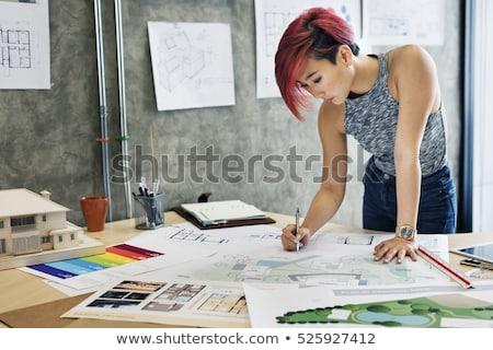 sério · gráfico · estilista · sessão · escritório · retrato - foto stock © deandrobot