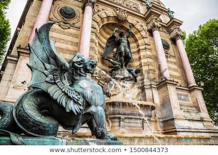 święty Paryż szczegół Francja wody miasta Zdjęcia stock © boggy