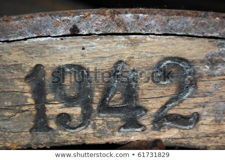 Béke fa gravírozott szám kék ég kéz Stock fotó © meinzahn