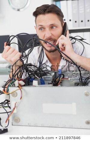 csalódott · számítógép · mérnök · hívás · nyitva · processzor - stock fotó © wavebreak_media