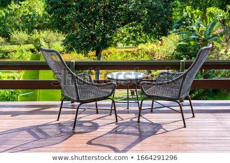 Due sedie tavola balcone estate Foto d'archivio © Elegies