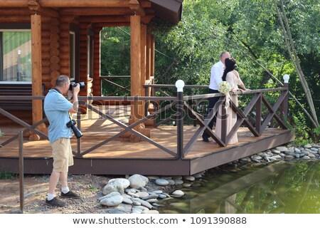 Fotógrafo foto recém-casado câmera câmera digital Foto stock © robuart