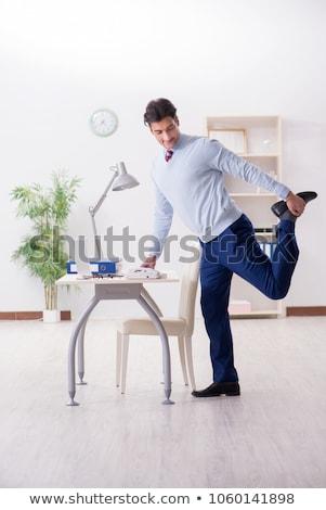 ストックフォト: 小さな · ハンサム · 従業員 · ヨガ · オフィス · 男