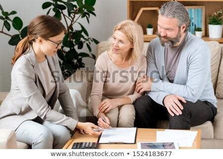 starszy · para · mówić · doradca · finansowy · domu · kobieta · para - zdjęcia stock © pressmaster