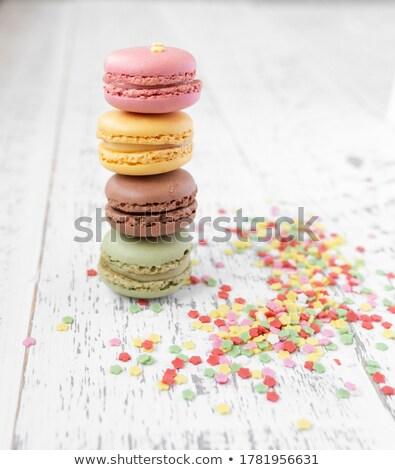 Colorato macarons foto bianco piatto torta Foto d'archivio © Ronen
