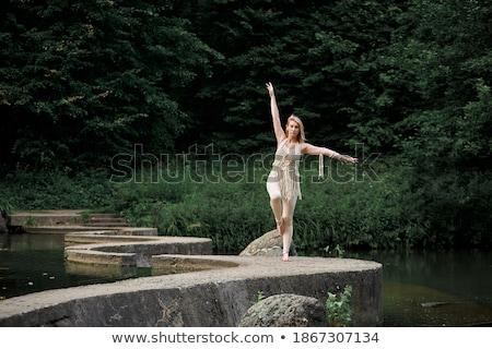 naakt · ballerina · dansen · stoel · monochroom · afbeelding - stockfoto © fisher