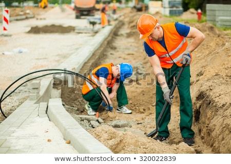 建設作業員 · 立って · シャベル · 男性 · 白人 · 黄色 - ストックフォト © lightkeeper