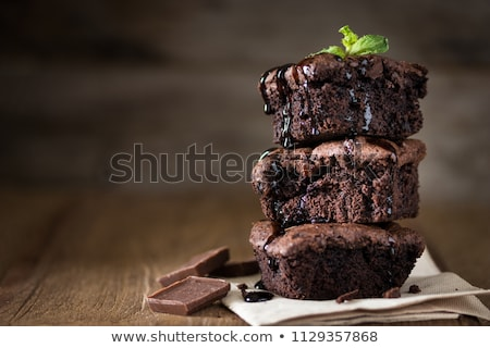 Desert alimente dulce tort placă alb alimente Imagine de stoc © yuyu