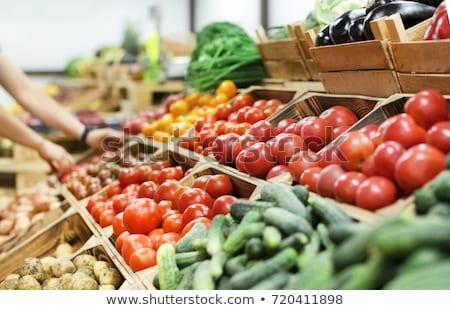 помидоров коробки оптовая торговля рынке вертикальный изображение Сток-фото © deyangeorgiev