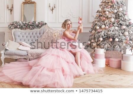 Prachtig vrouw roze mooie brunette meisje Stockfoto © lovleah