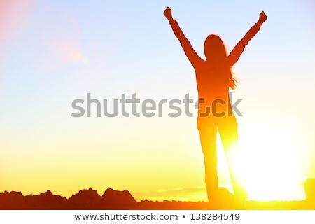 ganar · éxito · mujer · aislado · blanco · nina - foto stock © ilolab