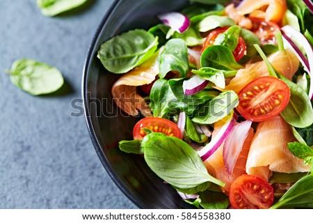 malzemeler · sebze · salata · bıçak - stok fotoğraf © fuzzbones0