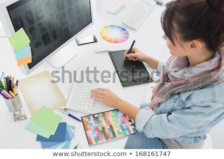 genç · grafik · tasarımcı · çalışma · ev · dizüstü · bilgisayar - stok fotoğraf © vlad_star