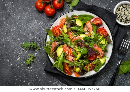 Zalm salade voedsel tomaat vers gezonde Stockfoto © Digifoodstock