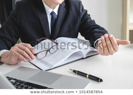 imagen · masculina · abogado · juez · cliente · de · trabajo - foto stock © freedomz