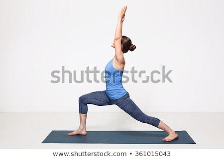 Vrouw yoga krijger mooie geschikt Stockfoto © dmitry_rukhlenko