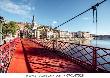 Lyon vermelho passarela rio basílica edifício Foto stock © vwalakte