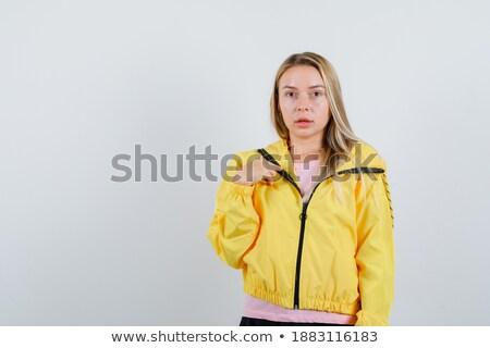 wijzend · gelukkig · oude · vrouw · vrouw · vrouwen · achtergrond - stockfoto © deandrobot