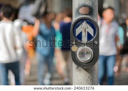 Atravessar andar botão cruzamento rua urbano Foto stock © njnightsky
