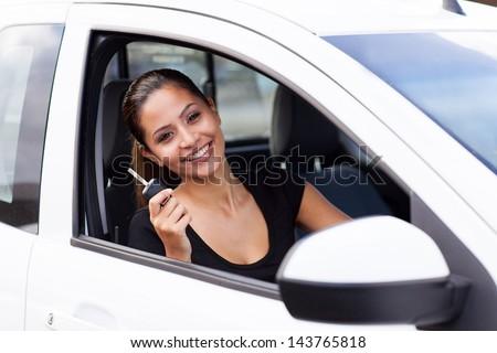 gelukkig · vrouw · zitting · auto · venster · vervoer - stockfoto © andreypopov