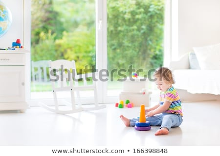 Baby moderne woonkamer jongen spelen tapijt Stockfoto © justinb
