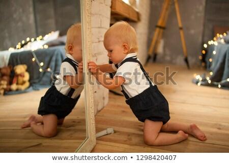 ребенка мальчика зеркало гирлянда Сток-фото © Stasia04