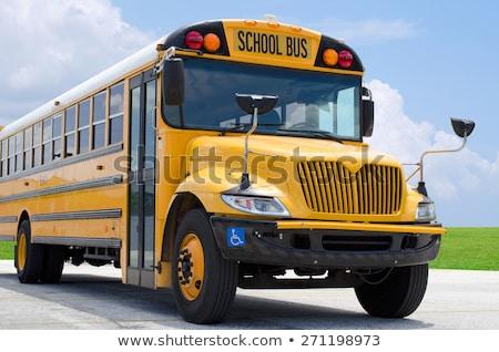 スクールバス · 停止 · にログイン · 学校 - ストックフォト © michaklootwijk