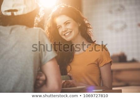 Uśmiechnięta kobieta chłopak Kafejka portret uśmiechnięty młoda kobieta Zdjęcia stock © Kzenon
