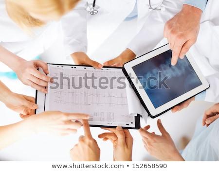Medizinischen Team Radiographie xray Mädchen Lächeln Stock foto © smithore