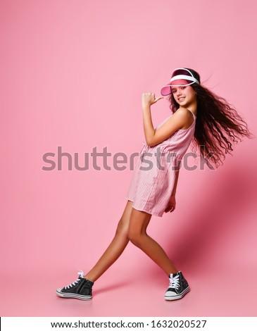 güzel · kız · uzun · rüzgârlı · saç · beyaz - stok fotoğraf © paolopagani