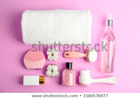 femme · lavage · visage · bain · laver · mousse - photo stock © pressmaster