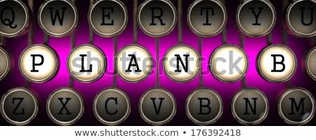 B-terv öreg kulcsok rózsaszín retro írógép Stock fotó © tashatuvango
