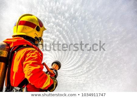 brandweerman · brand · schouder · zwart · wit · illustratie · vector - stockfoto © derocz