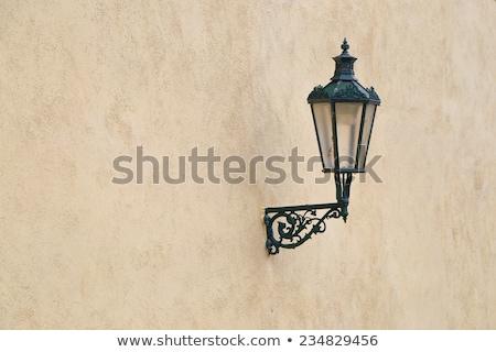 Vecchio lampada facciata medievale città casa Foto d'archivio © olandsfokus