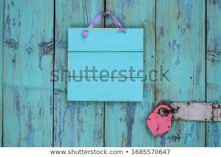 rojo · bloqueo · corazón · aislado · blanco · boda - foto stock © devon