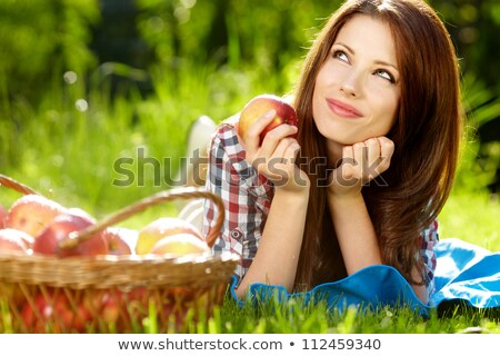 portret · jonge · mooie · vrouw · mand · najaar - stockfoto © HASLOO