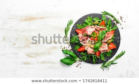 ヨーグルト · サラダドレッシング · 外に · ニンニク · オレガノ · 塩 - ストックフォト © digifoodstock