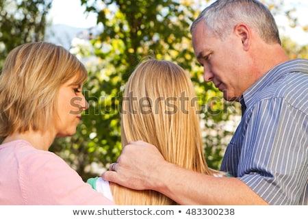 Genç kız ebeveyn kadın aile adam kapı Stok fotoğraf © IS2