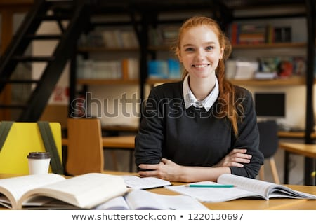 Gelukkig dame student vergadering tabel Stockfoto © deandrobot