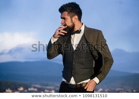 moço · cigarro · cara · feliz · fumar - foto stock © feedough