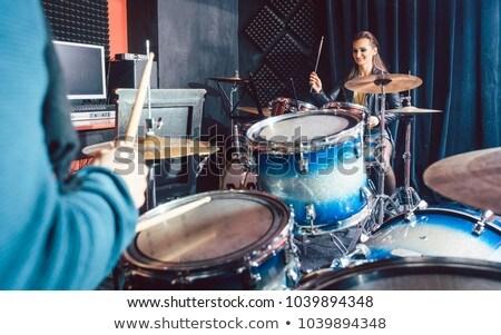 donna · giocare · tamburi · divertente · imprenditrice · isolato - foto d'archivio © kzenon