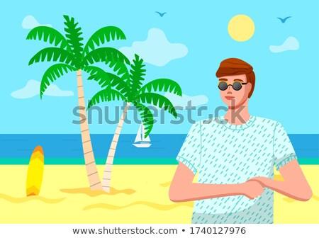 Fiatal fickó visel napszemüveg póló tengerpart Stock fotó © robuart