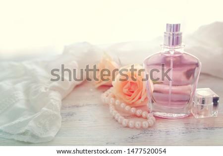 szépség · kezek · manikűr · közelkép · gyönyörű · női - stock fotó © serdechny